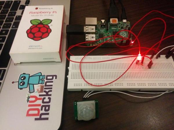 Raspberry Pi GPIO with PIR motion sensor Best tutorial