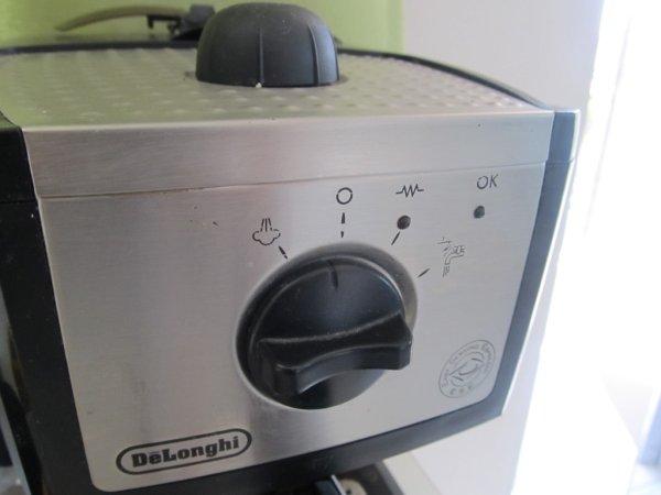 Tweeting coffee machine using Raspbery Pi