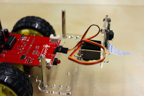 Give Your Raspberry Pi Robot a Worm Brain schematic