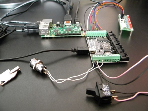 Home Automation Raspberry and Phidgets part 2 schematich