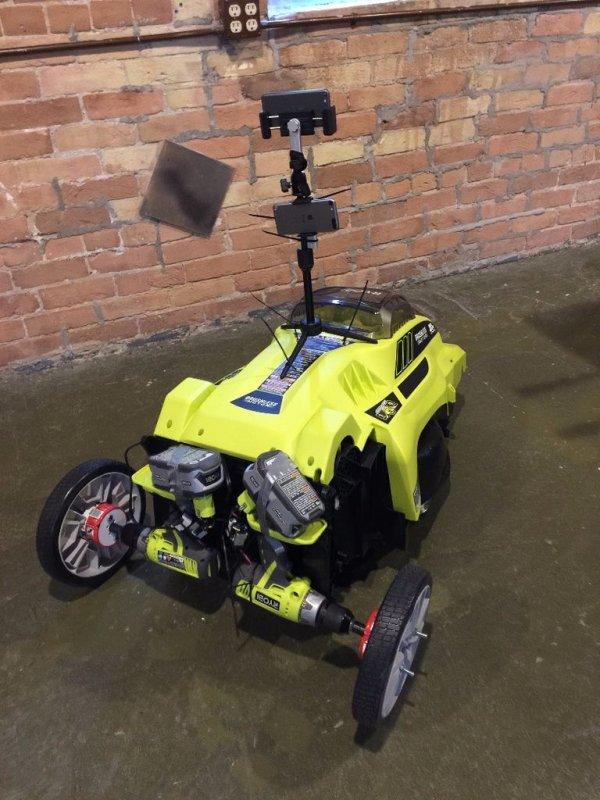 Remote Control Autonomous Lawn Mower using RaspberryPi