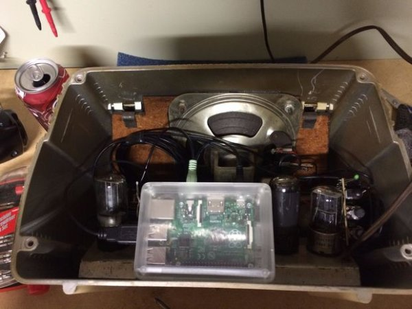 Antique Radio into an Airplay Speaker schematich
