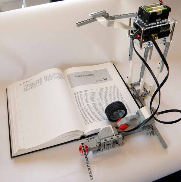 Digitize Books With Mindstorms and Raspberry Pi