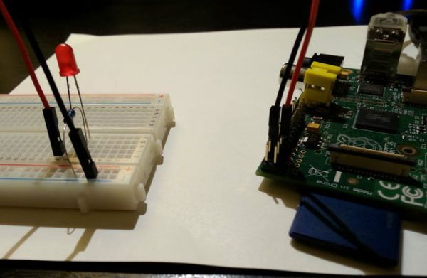 Easy Project - Control an LED Light with Python Using a Raspberry Pi