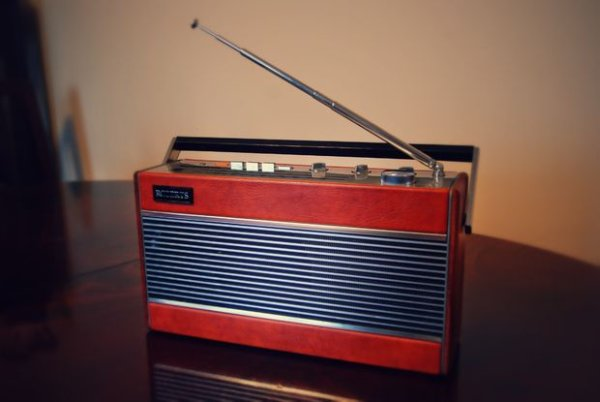 Roberts 747 - DIY Raspberry Pi internet radio streamer