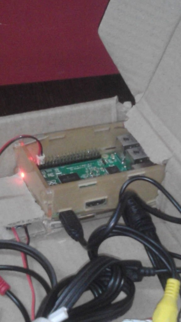 A Raspberry Pi 2 laptop! schematic