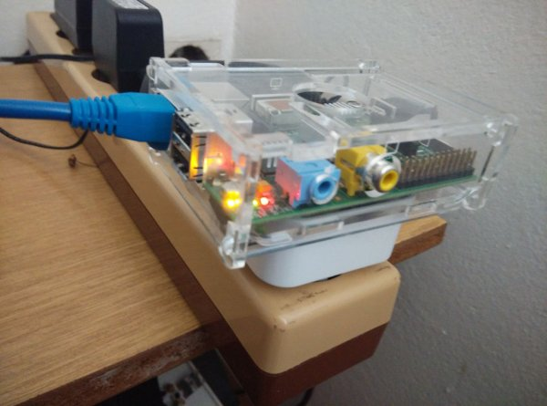 Raspberry pi Power case