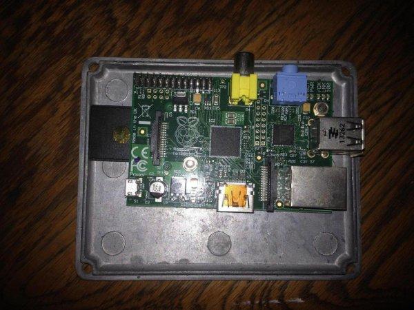 PiMiDi: A Raspberry Pi Midi Box, or How I Learned to Stop