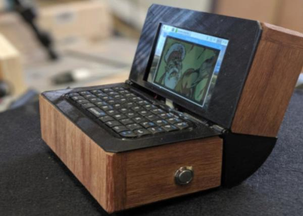 Wood finished Raspberry Pi laptop