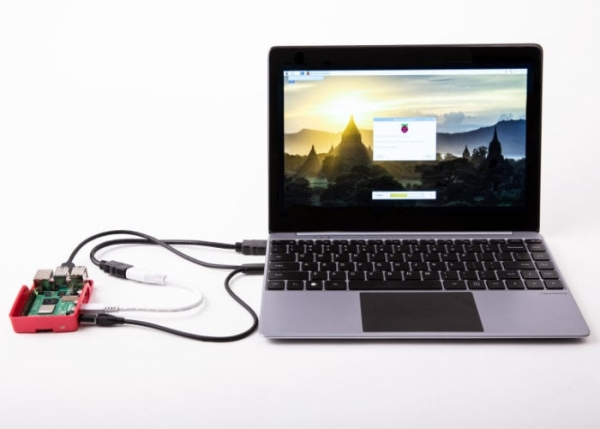 NexDock-2-laptop-dock-tested-with-the-Raspberry-Pi-mini-PC