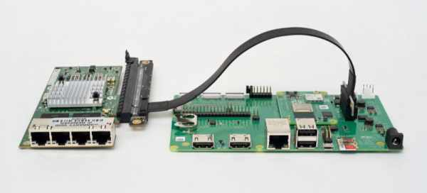 BOXER-8110AI IS A COMPACT, RUGGED INDUSTRIAL AI COMPUTER THAT RUNS LINUX ON TX2