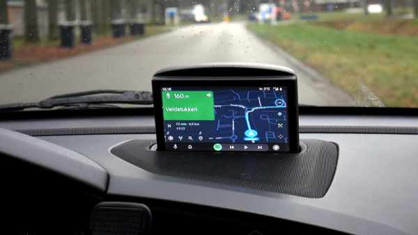 RASPBERRY PI TAKES OVER VOLVO'S INTEGRATED LCD