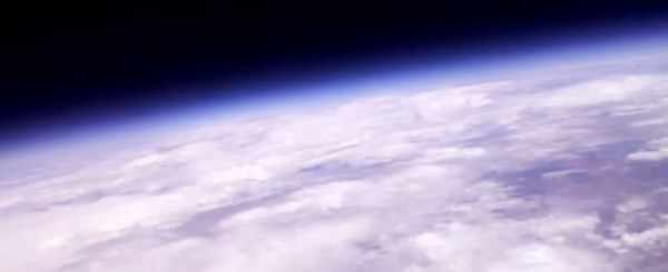 RASPBERRY-PI-ZERO-BEAMS-BACK-VIDEO-FROM-100000-FEET